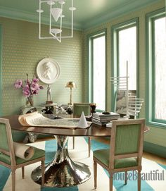 Stratton Blue by Benjamin Moore (ceiling and trim)