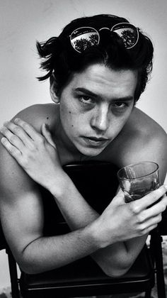 Cole M Sprouse, Dylan Sprouse, Cole Sprouse Jughead, Cute Celebrities, Celebs, Perfect Man, Dylan Y Cole, Cole Sprouse Aesthetic, Riverdale Betty And Jughead