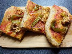 Foodie in Translation: La Rubrica del Lunedì: Pizza rossa con peperoni e ...