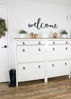 Create Extra Storage In The Entryway - Aufbewahrung Ikea Shoe Storage Cabinet, Shoe Storage Hacks, Baby Shoe Storage, Foyer Storage, Storage Cabinets, Storage Spaces, Storage Ideas, Shoe Cabinet Entryway, Ikea Entryway