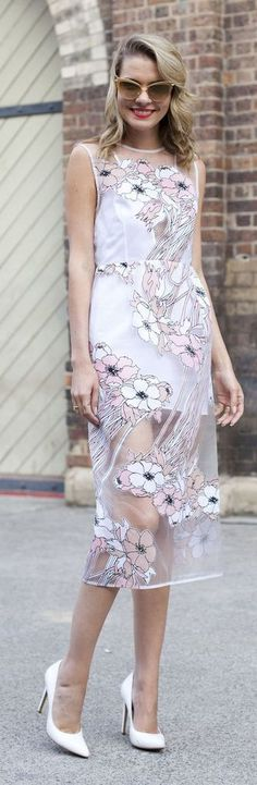 Gorgeous Spring and Summer street style inspiration: a sheer floral dress with cat-eye sunglasses and white pumps