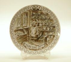 Vintage plates,Decorative plates,Danish plates,Collectibles,Fathers day,Vintage gift ideas,Ceramic plates,Souvenir Plates,1977  Egemose Decoration Father's Day Plates, (''C... #collectibles #1980 #denmark