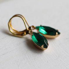 Emerald Green Earrings ... Jade Vintage Jewels in Gold Settings by SilkPurseSowsEar on Etsy (null)