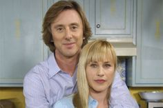 Medium - Patricia Arquette & Jake Weber I miss this show! Globosat Play, Jake Weber, Are Psychics Real, Patricia Arquette, Laughing And Crying, Film Inspiration, Tv Couples, Celebs, Celebrities