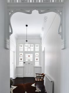 Photo 1 of 10 in Old Meets New in This Modern Extension to an Edwardian House in Melbourne - Dwell Design Entrée, Flur Design, House Design, Interior Design, Stone Interior, Design Ideas, Edwardian Haus, Edwardian Style, Edwardian Hallway