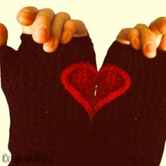 Hidden Hearts glove pattern-Free