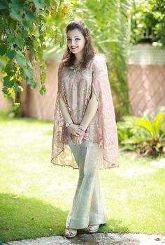 Latest Pakistani Cape Style Dresses 2017-2018 Designer Collection | BestStylo.com