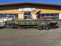 2017 SeaArk 240 ProCat w/ Yamaha F200, tournament package, bimini, gatorhide, stainless steel cleats, upgraded tandem axle trailer.  Call for pricing.       www.midwestmarineboats.com