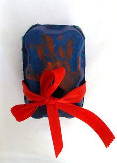DIY kids : Transformer une boite d'oeufs en coffret cadeaux