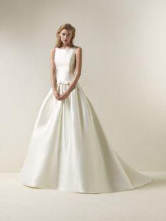 Svatební šaty DRADINE / Pronovias 2018