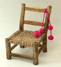 mini-sillita-matera-con-tulma Furniture Inspiration, Interior Inspiration, Miniature Chair, Mexican Furniture, Take A Seat, Restaurant Design, Bohemian Decor, Decorative Objects, Decoration