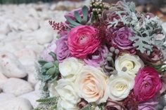 Wedding Brides's Bouquets @ Villa Sao Paulo - Wedding Villa Portugal. #villasaopaulo #vsp #oceanfrontweddingportugal #seasideweddingportugal #weddingbytheseainportugal  #portugalwedding #destinationweddingportugal #getmarriedinportugal #casamentoportugal #casamentopraiaportugal