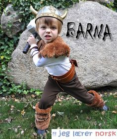 I Am Momma - Hear Me Roar: Viking Costume perfect for the little warriors for Halloween ------------------------------------------- Note by Daw Yes I am aware that real vikings did not in fact have horns on their helmets its a Halloween Costume Easy Homemade Costumes, Halloween Costumes Kids Homemade, Diy Halloween Costumes For Kids, Creative Costumes, Olaf Halloween, Halloween Night, Halloween Halloween, Vintage Halloween, Halloween Makeup