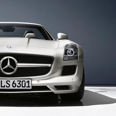 Mercedes-Benz. The SLS AMG.