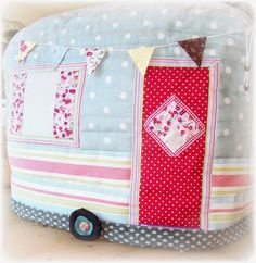 Caravan sewing machine cover ~ Handmade by Tamara Jayne