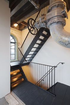 Transformation Water Tower Den Bosch, 's-Hertogenbosch, 2014 - Zecc Architecten Stairs And Staircase, Interior Staircase, Staircases, Indoor Stair Railing, Railings, Architecture Details, Interior Architecture, Interior Design, Loft Studio