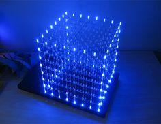 Desenvolvido por dois noruegueses, o LED Cube levou cinco dias para ter o software finalizado (Foto: Divulgação)
