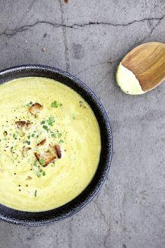 Cucina Piccina » Blog Archive JETZT! Gemüse: Grüne Zwiebelrahmsuppe (mit Kresse und Croutons) » Cucina Piccina