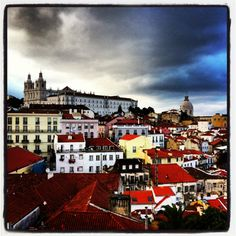 Have a walking tour in Lisbon with us! www.afriendinportugal.com