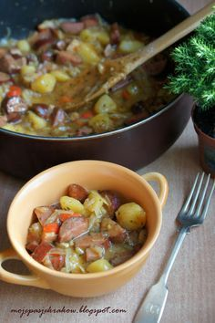 Chłopski garnek or what we know as stew Pork Recipes, Cooking Recipes, Healthy Recipes, Good Food, Yummy Food, Tasty, Frugal Meals, Food Inspiration, Food To Make