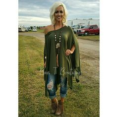 olive green tunic, ripped cropped jeans, fringe booties