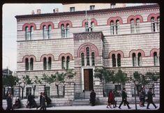 Το Οφθαλμιατρείο Αθηνών. ©Charles W. Cushman Athens, Notre Dame, Greece, Mansions, Country, House Styles, City, Building, Places