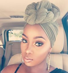 How to wear a turban Like why can't I look this pretty? She's gorgeous! Hair Wrap Scarf, Scarf Head Wraps, Curly Hair Styles, Natural Hair Styles, Head Scarf Styles, Pelo Afro, African Head Wraps, Scarf Hairstyles, Hairstyle Ideas