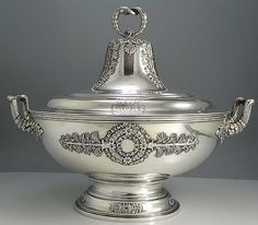 An Antique Tiffany Sterling Silver Soup Tureen. ca.1880.