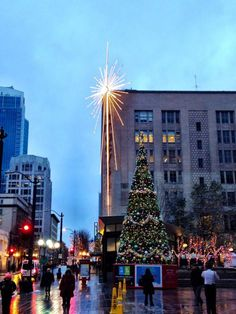 16 cant miss holiday attractions in downtown seattle - Christmas Activities In Seattle