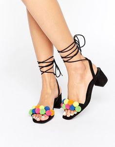 Rainbow Pom Pom shoe
