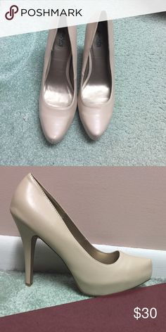 a6b403da19f Brand new Charlotte Russe heels