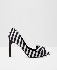 Statement bow court shoes TED BAKER