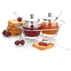 Kitchen Baskets, Kitchen Pantry, Kitchen Items, Kitchen Utensils, Kitchen Appliances, Cool Kitchen Gadgets, Cool Kitchens, Luncheon Recipes, Dining Ware