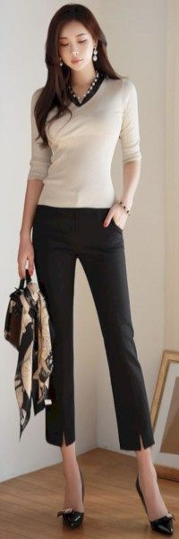 Graceful Work Outfits Ideas For Every Woman Wear 14 Office Fashion, Work Fashion, Business Fashion, Business Attire, Business Outfits, Estilo Fashion, Korean Fashion, Ideias Fashion, Classy Outfits