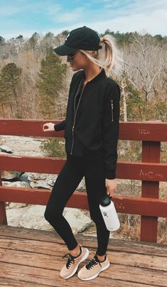 Spasterfield Sportswear – Damen Leggings und Active Wear – Z… Leggings Outfit Fall, Pullover Outfit, Legging Outfits, Pants Outfit, Tennis Shoes Outfit, Women's Leggings, Cute Hiking Outfit, Summer Hiking Outfit, Summer Outfits