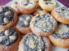 Tradiční koláče Bagel, Doughnut, Muffin, Bread, Baking, Breakfast, Fruit, Recipes, Morning Coffee