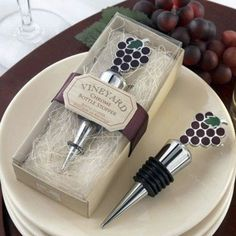 wine bottle stopper favor