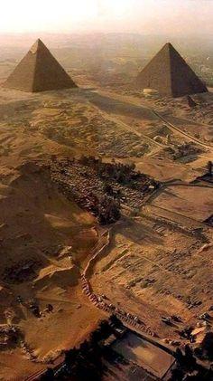 Chefren & Cheope Pyramids of Giza, Egypt: