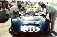 Dan Gurney - Lola T70 Mk.3B Ford - All American Racers Inc. - Tenth Annual Los Angeles Times Grand Prix - 1967 Canadian-American Challenge Cup, round 5