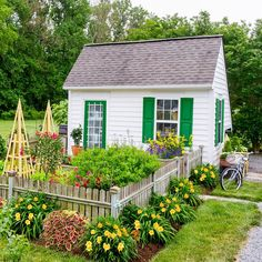 Get away from it all without ever having to leave your backyard garden by designing a she shed! Backyard Buildings, Backyard Fences, Garden Fencing, Fenced Garden, Oasis Backyard, Backyard Barn, Diy Garden, Garden Cottage, Garden Tools