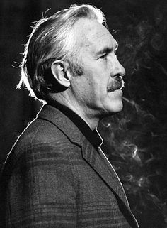 Jason Robards, Jr. (July 26, 1922 – December 26, 2000), American actor .