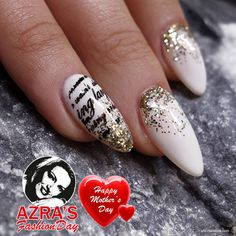 """Happy Mother's Day! Nailart """"writing on the nails"""""""