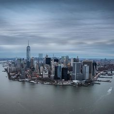 New York City Feelings - Lower Manhattan by @davidlacombenyc | @flynyon...