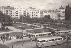 Stará Bratislava Bratislava, Old Photos, Street View, Geo, Nostalgia, Times, Antique Photos, Vintage Photos, Old Pictures