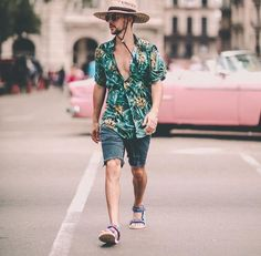 55 Best Summer Fashion Beach Outfit for Mens - Fashion and Lifestyle Tropical Outfit, Tropical Fashion, Hawaii Outfits, Summer Outfits, Pool Party Outfits, Style Masculin, Moda Blog, Dad To Be Shirts, Summer Shirts