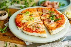 Perfekt pizzadeig til italiensk pizza Mozzarella, Vegetable Pizza, Cheese, Vegetables, Recipes, Food, Vegetable Recipes, Eten, Veggie Food
