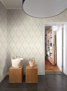 We've got thousands of wallpaper patterns to choose from. Whether you're looking for a bright feature wall, or a classic stripe, we have a wallpaper design for you Of Wallpaper, Designer Wallpaper, Pattern Wallpaper, Natural Interior, Colorful Interiors, Interior Inspiration, Building A House, Pattern Design, Colours