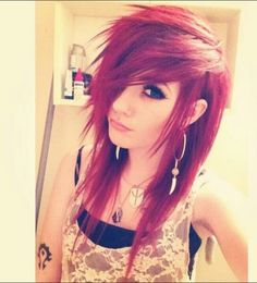 I love the way Leda styled her new hair