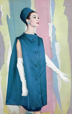 Vintage Fashion 1960 - Yves Saint Laurent for Christian Dior sleveless coat - Vintage Dior, Look Vintage, Vintage Couture, Vintage Beauty, Vintage Dresses, Vintage Outfits, Vintage Hats, Sixties Fashion, Mod Fashion