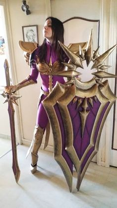 League of Legends - Leona cosplay Cinderys - Art and Cosplay Hot #cosplay #sexy…